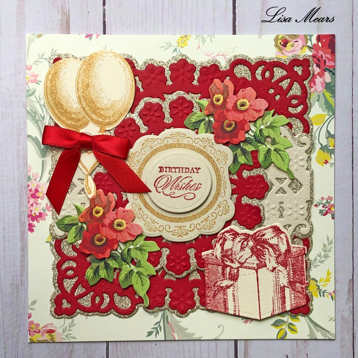 Anna Griffin Red Birthday Card Square _closeup 2019-04