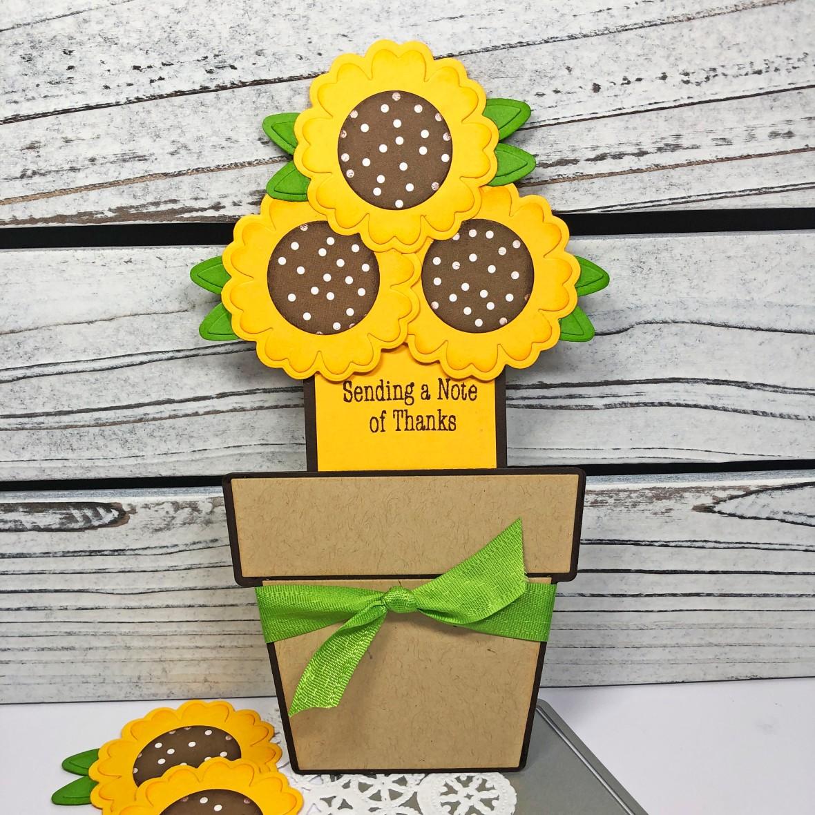 Lisa Mears Sunflower Fold it_Standing2