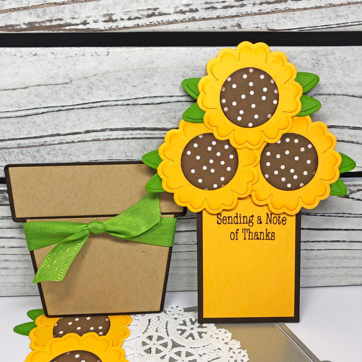 Lisa Mears Sunflower Fold it_Standing3
